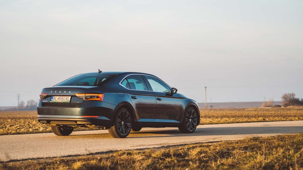 Škoda Superb benzín 2.0 TSI 190 k